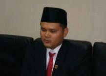 Dari Guru Hononer, Ganjar Jadi Ketua DPRD Cianjur Termuda